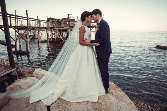 sposi molo mare