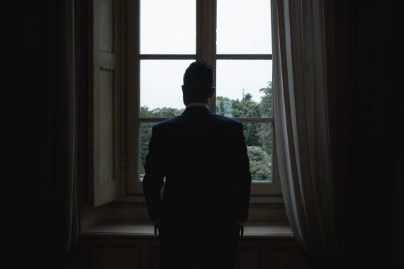 sposo villa finestra