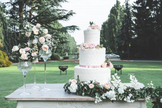 dolci torta nuziale matrimonio ricevimento fiori