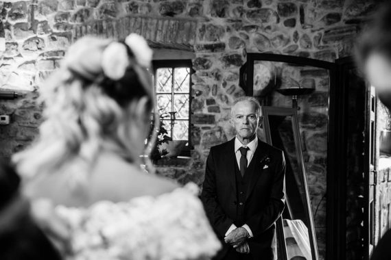 sposa padre matrimonio bianco nero