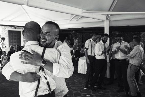 matrimonio amici festa invitati ricevimento bianco nero