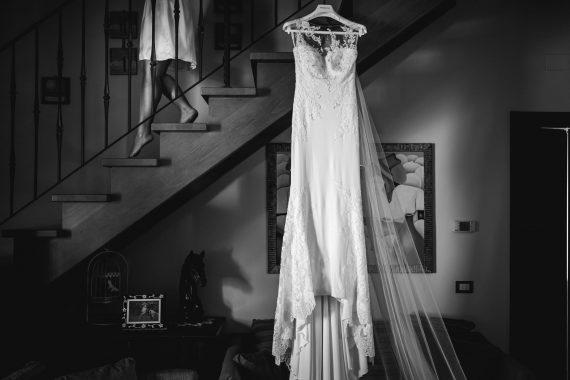 sposa abito scale bianco nero