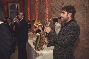 evento vino sax musica