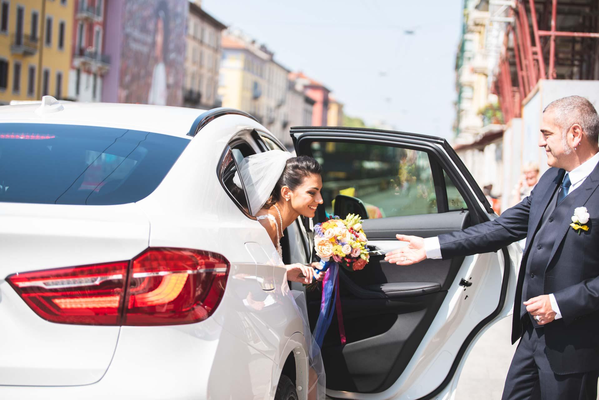 sposa auto bouquet