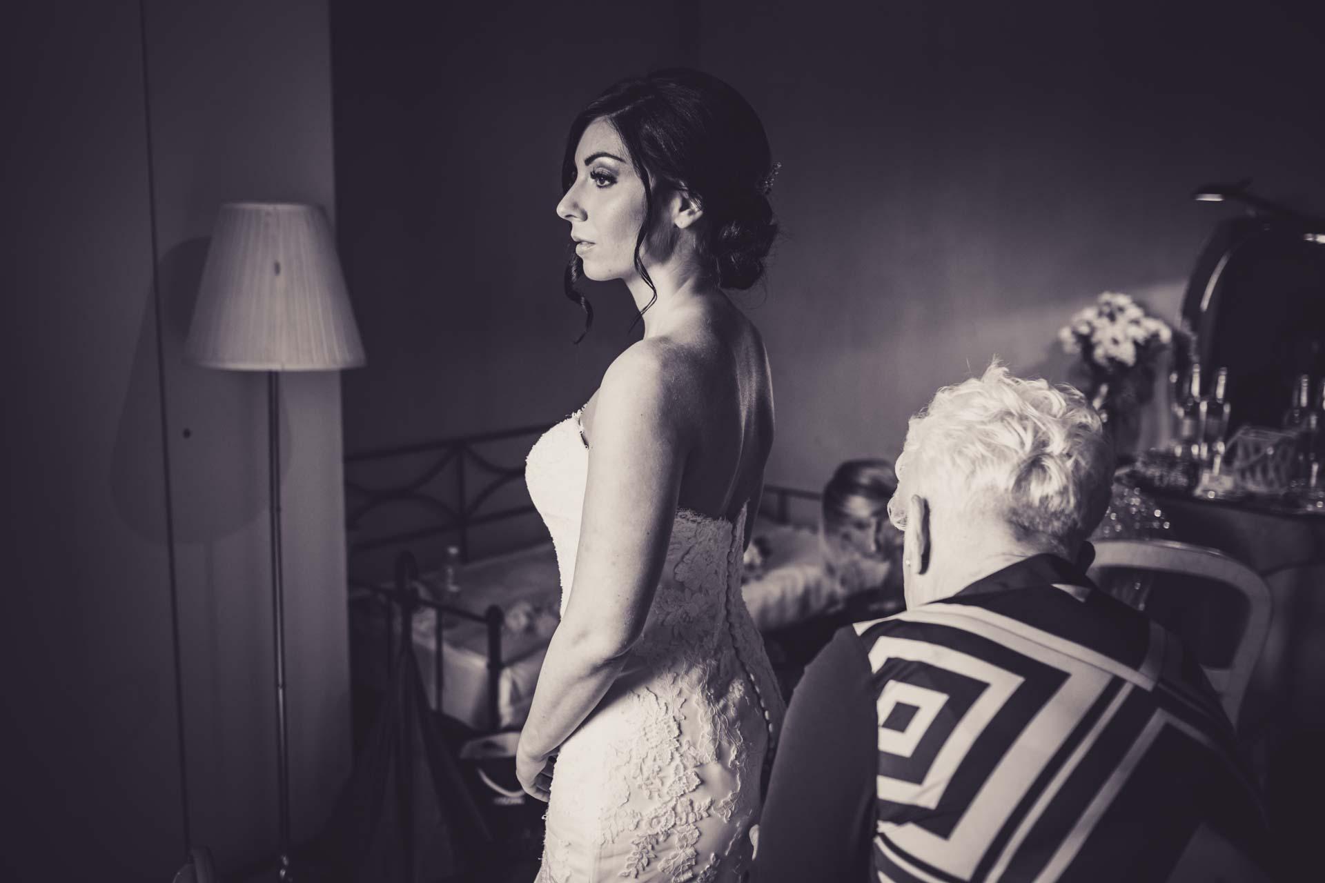 sposa abito bianco nero