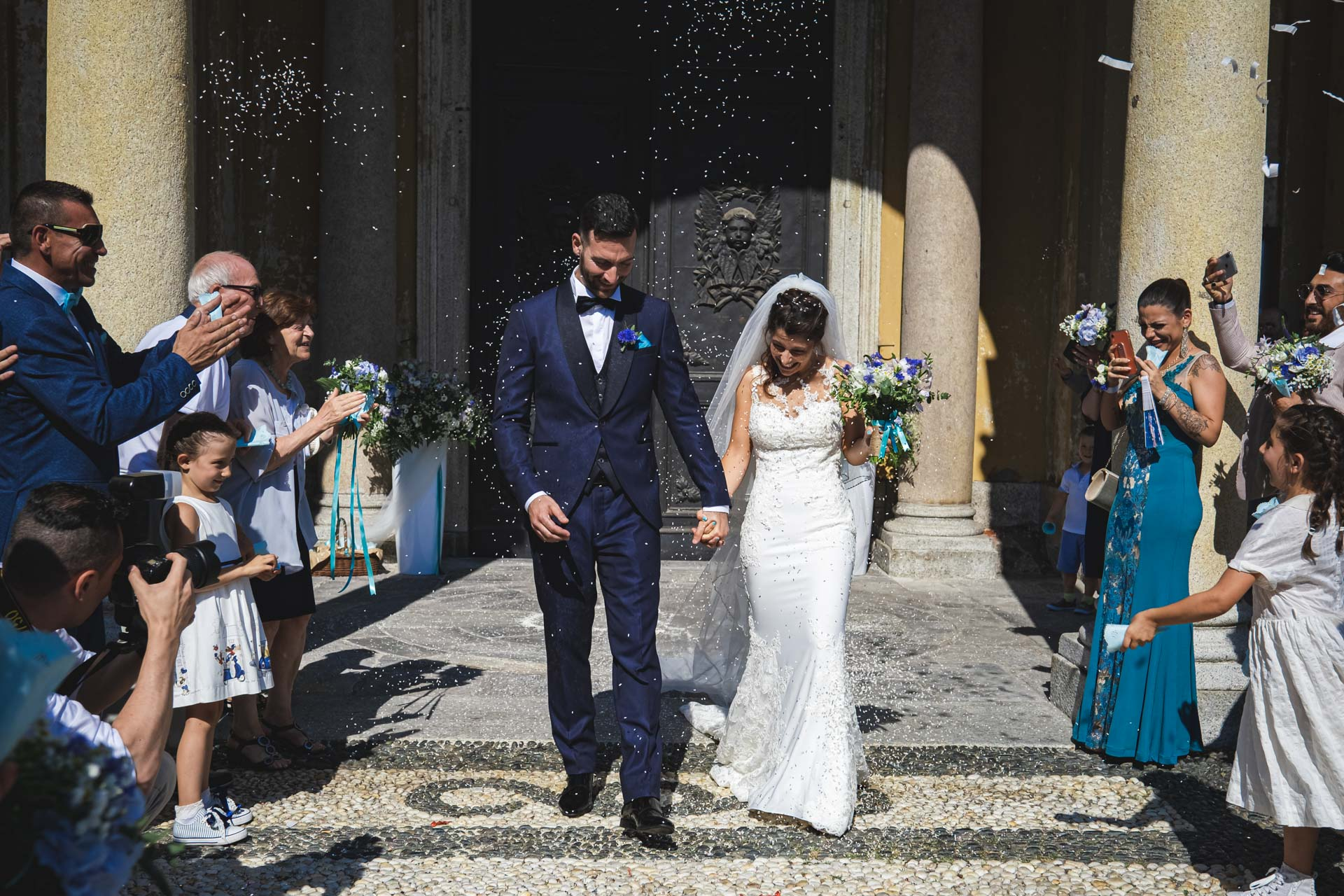 chiesa sagrato matrimonio sposi invitati