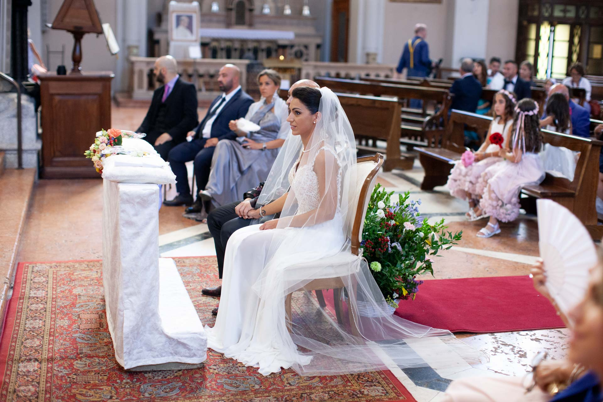 sposi invitati matrimonio chiesa