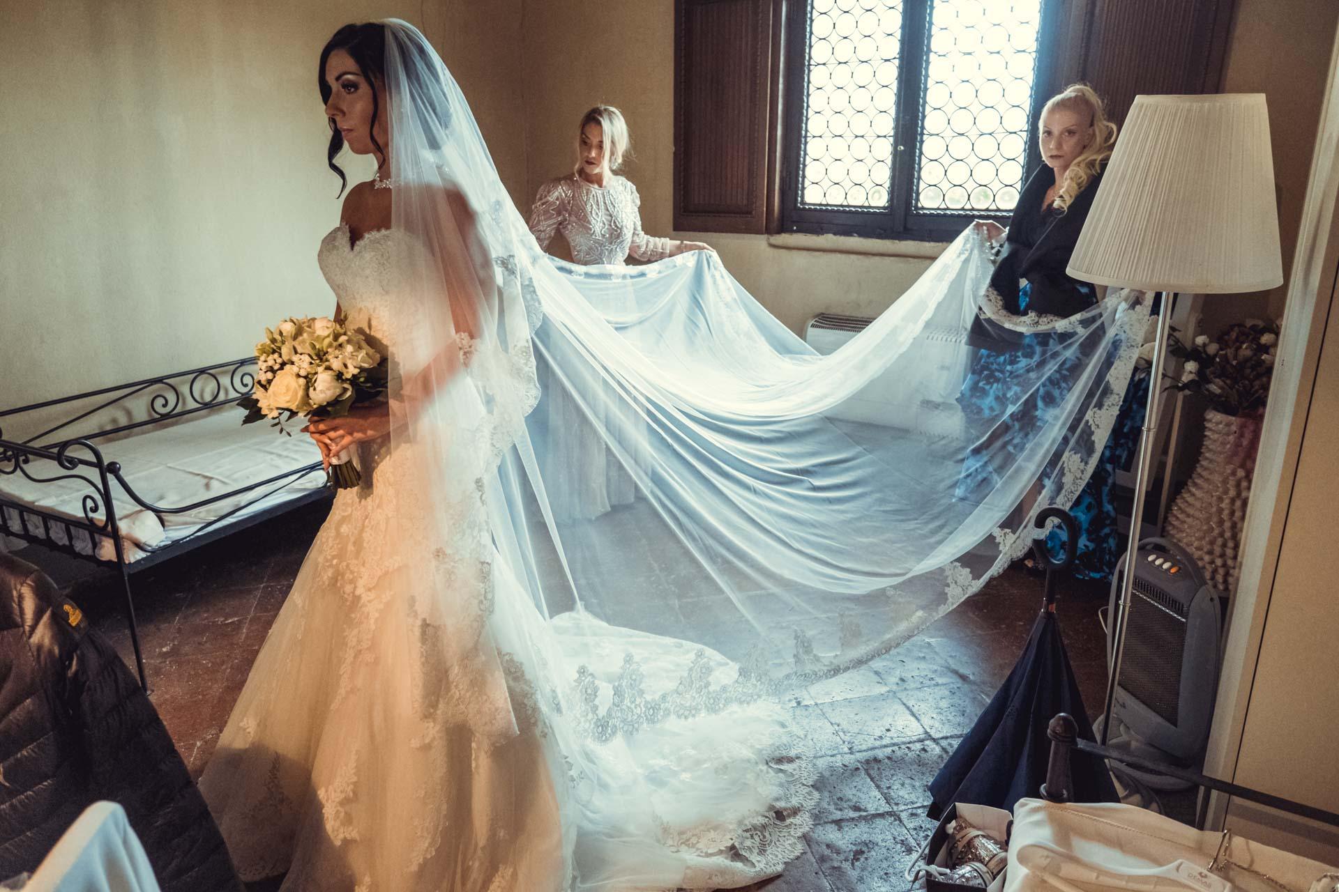 sposa damigelle abito velo