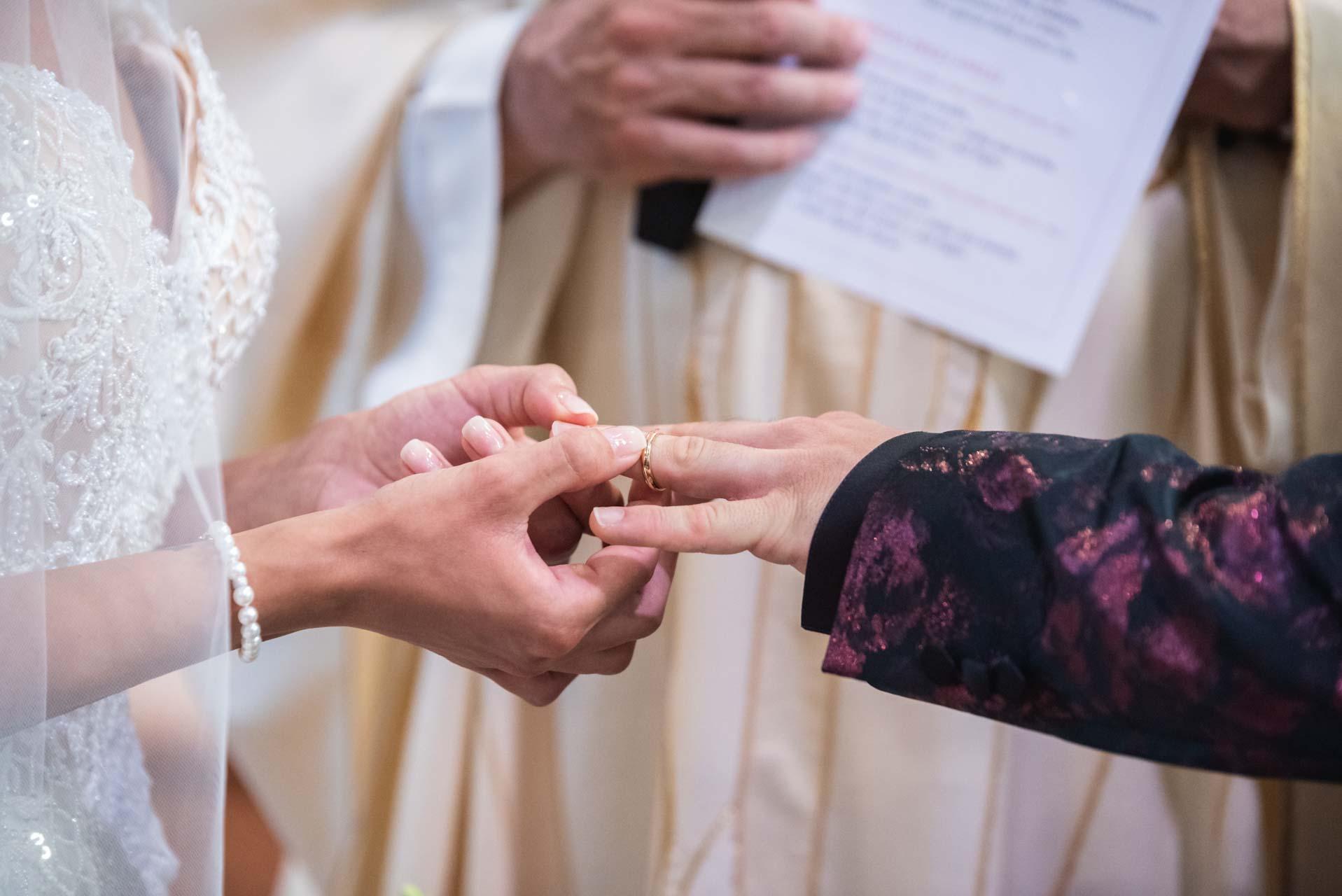 scambio fedi sposi matrimonio