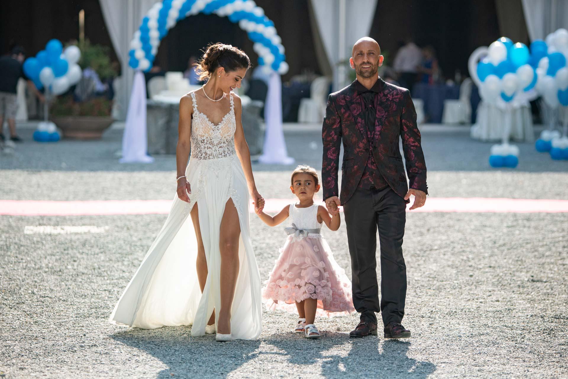 sposi bambina famiglia ricevimento
