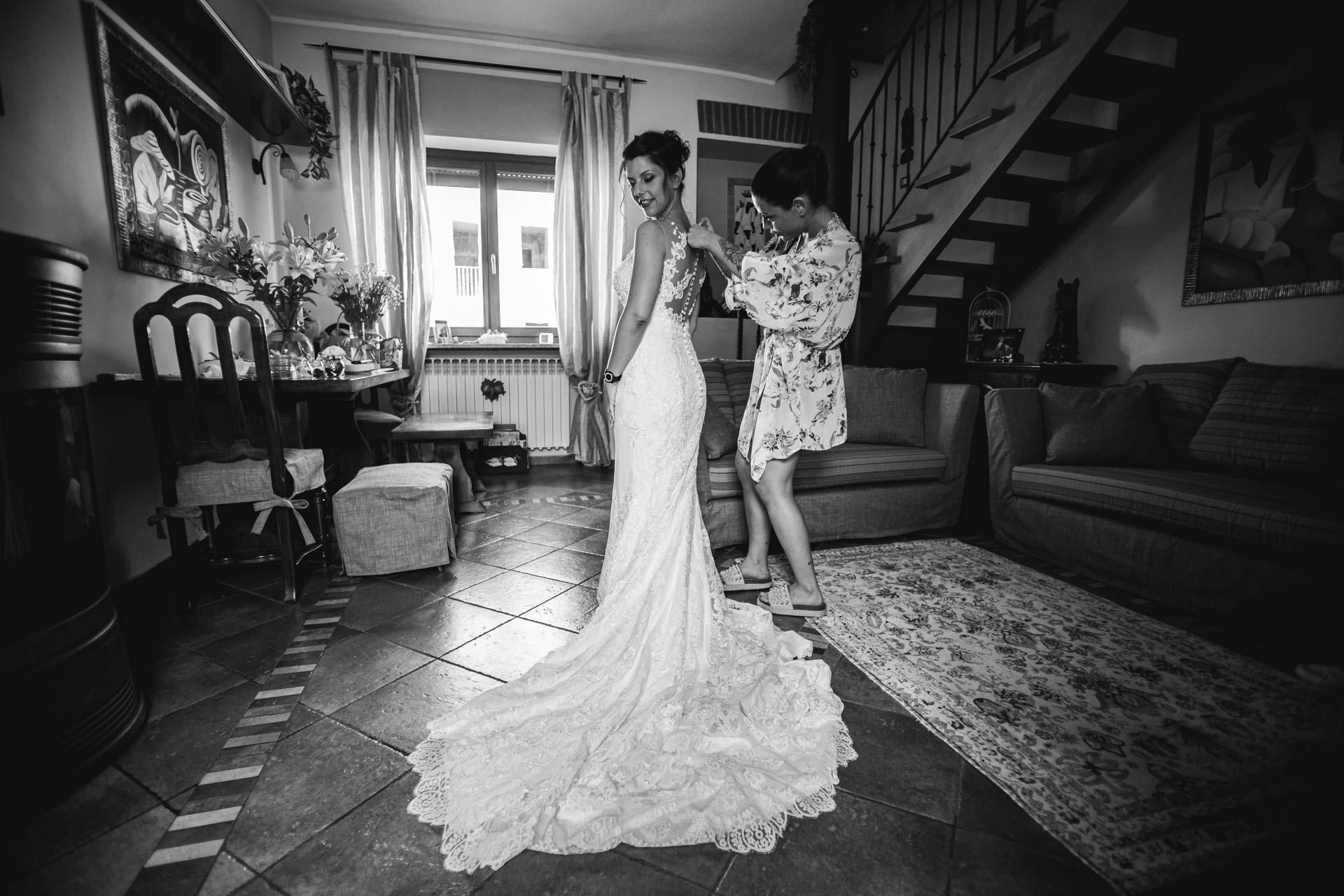 sposa abito bianco e nero