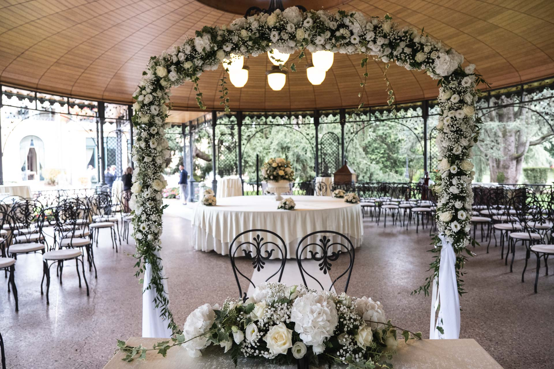 tavolo sposi salone Villa Mattioli