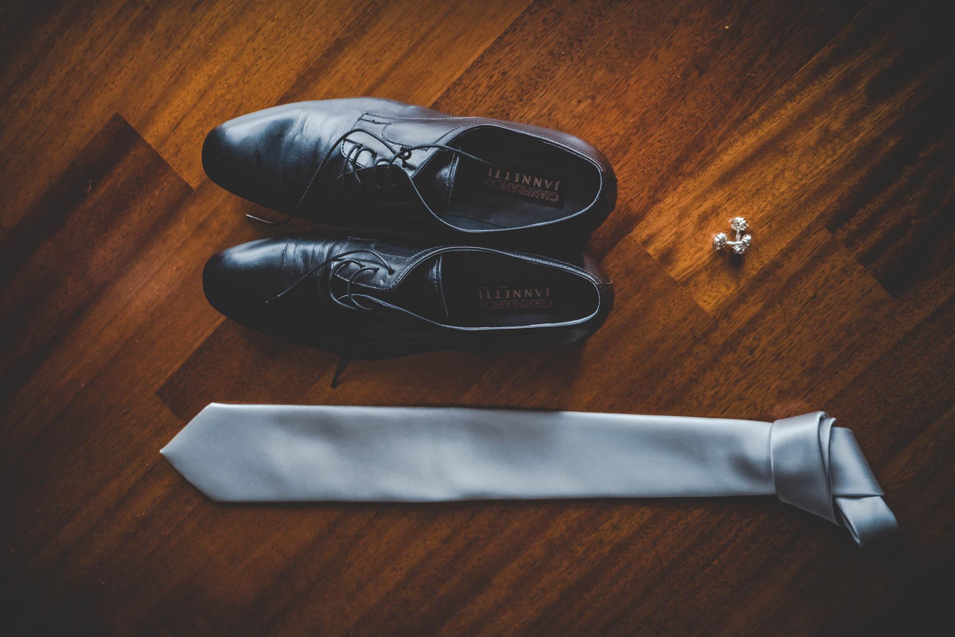 sposo particolari scarpe cravatte gemelli