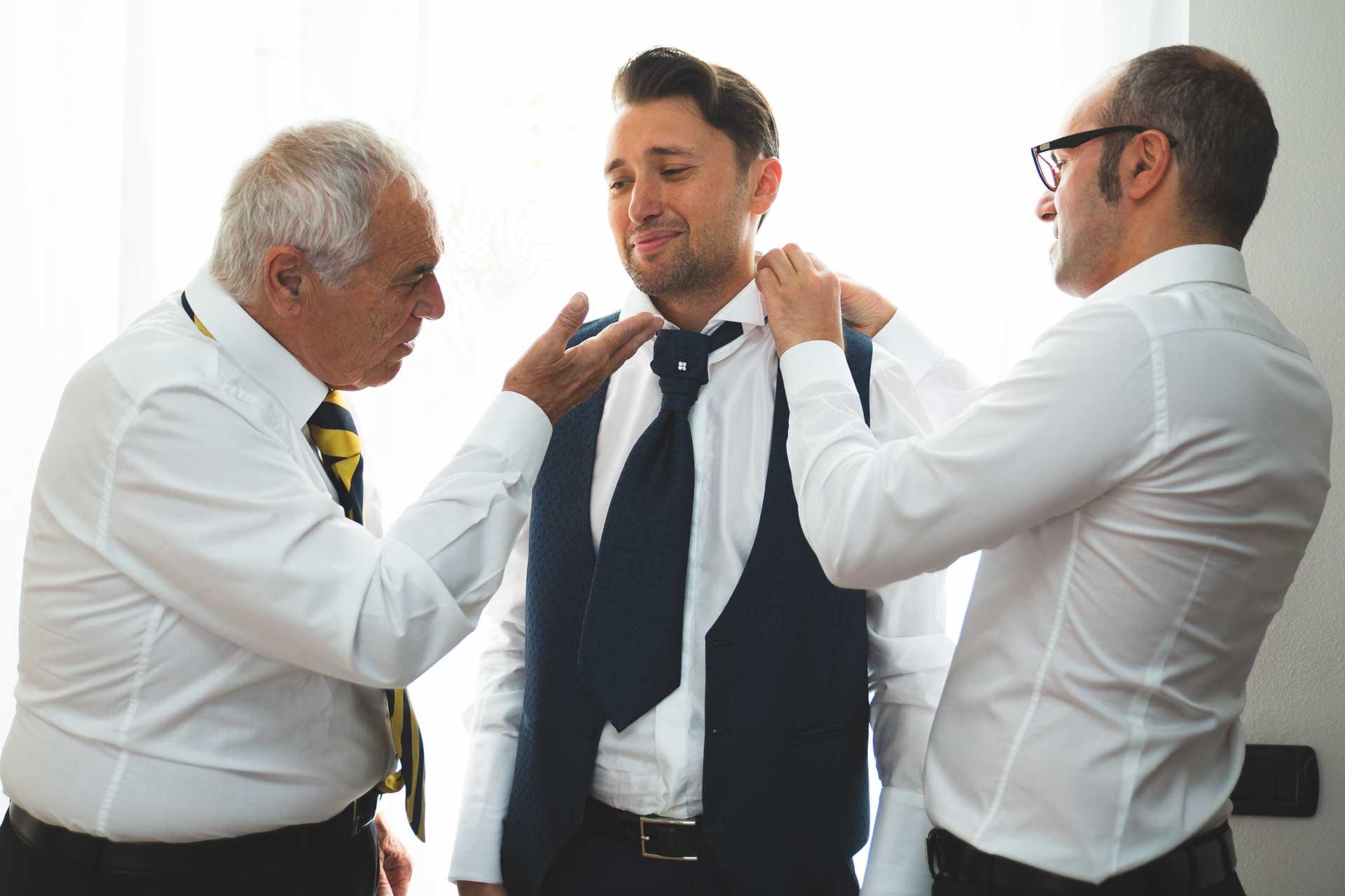 sposo abito famiglia