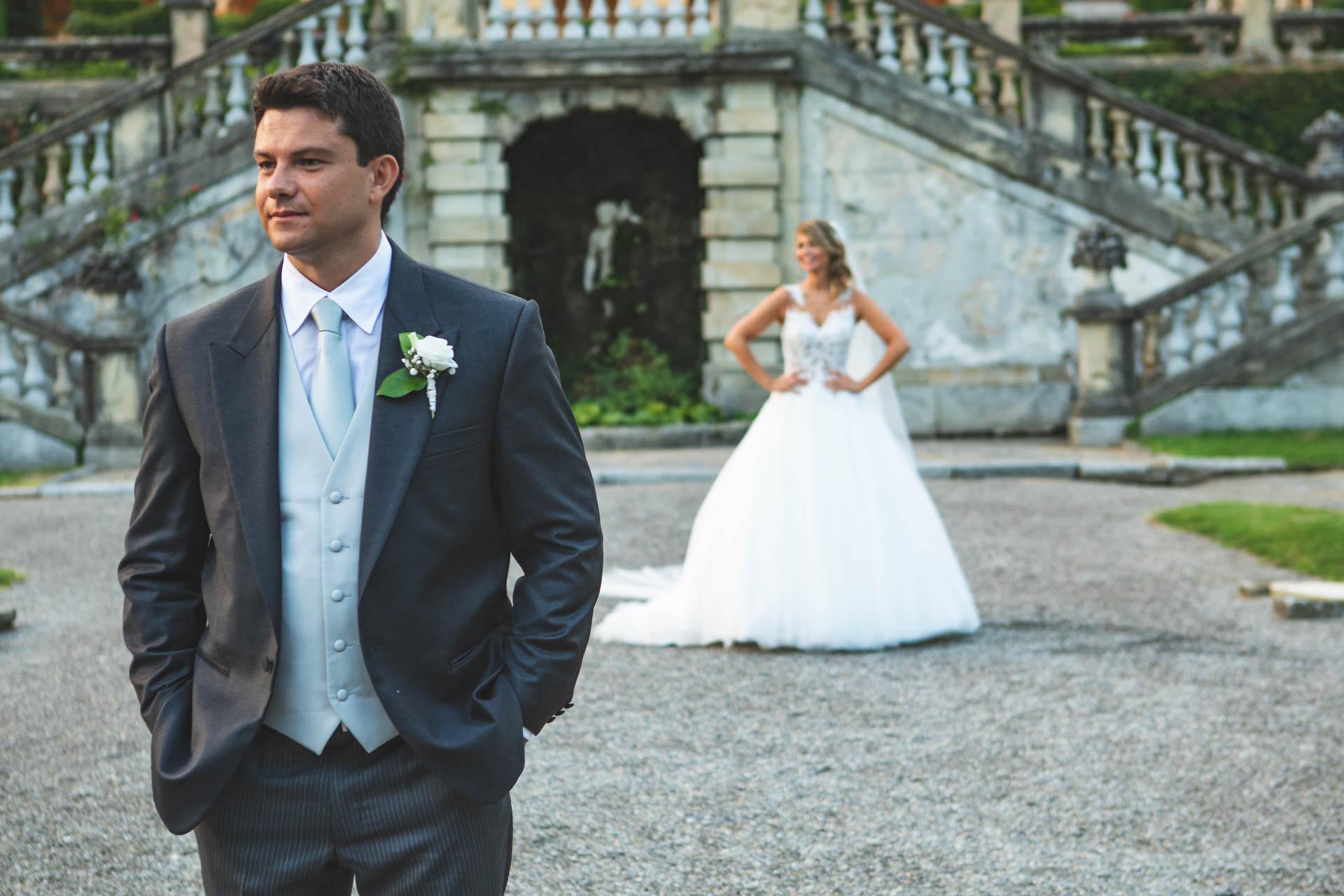 sposi cortile interno Villa Orsini Colonna