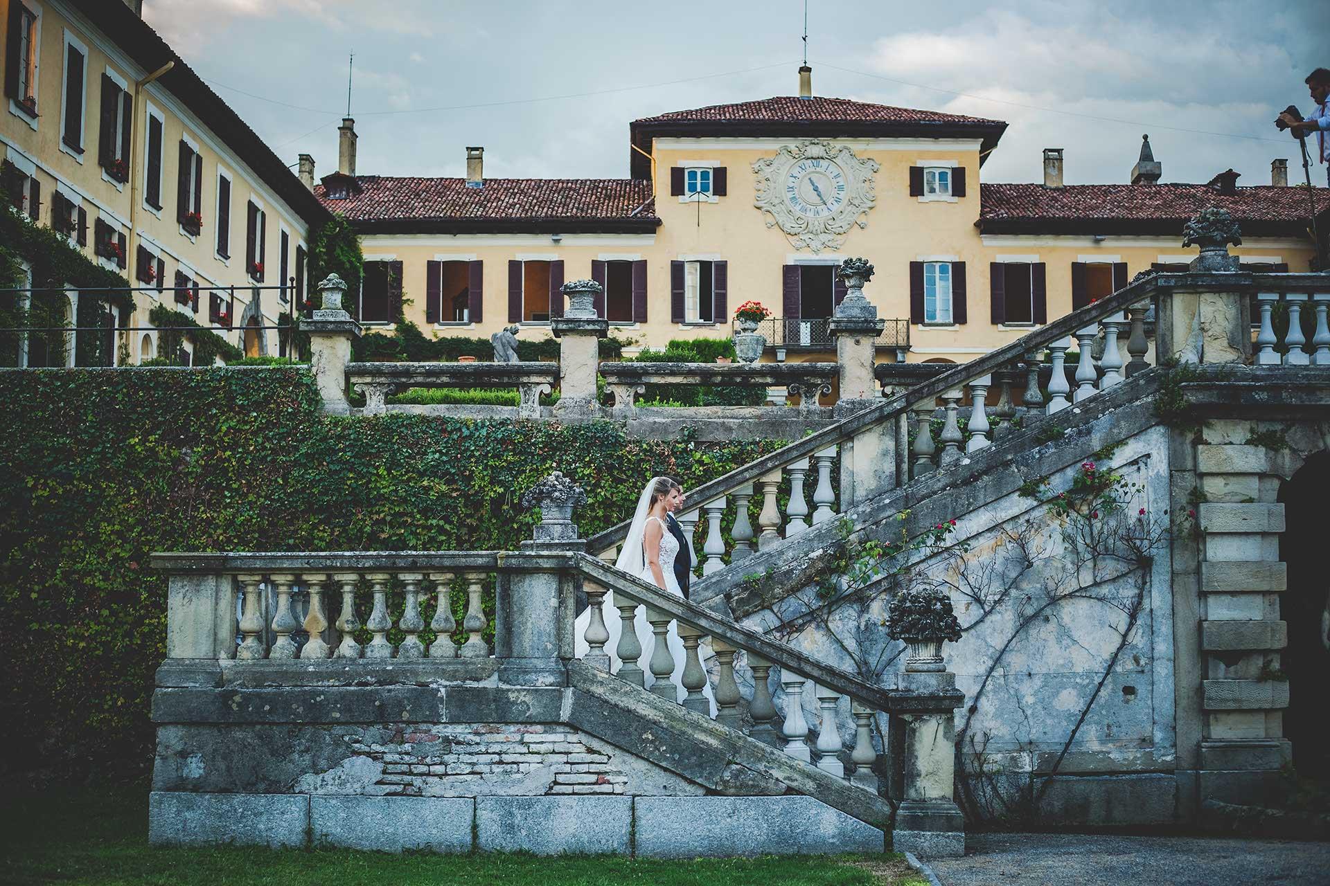 sposi scale esterne Villa Orsini Colonna