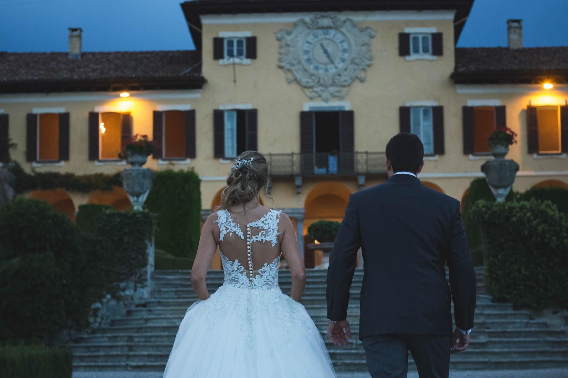 sposi ingresso Villa Orsini Colonna