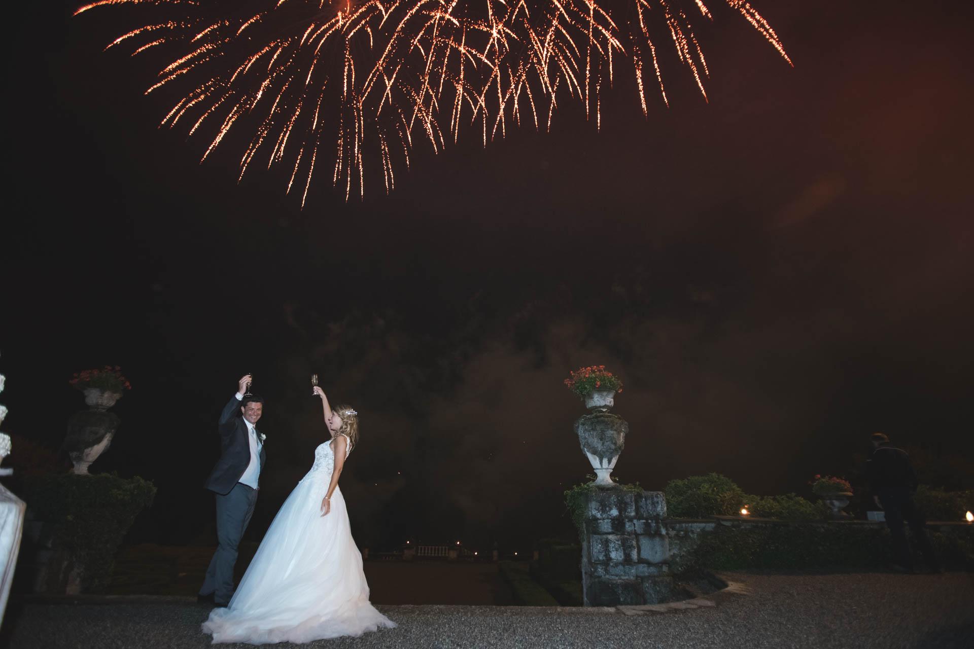 sposi brindisi fuochi di artificio